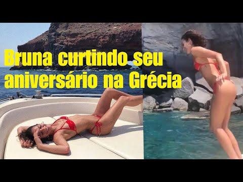 Bruna Marquezine curtindo seu aniversário na Grécia