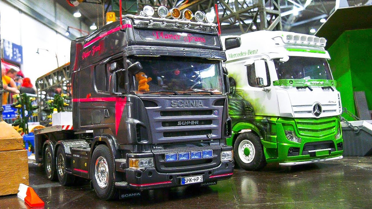 awesome rc model trucks in action rc iveco rc truck. Black Bedroom Furniture Sets. Home Design Ideas