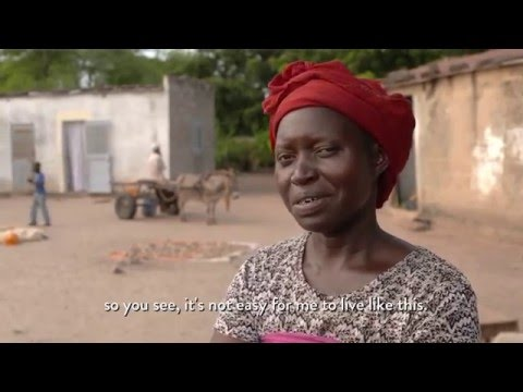 How Off Grid Solar Powers Senegal (24 Hours of Reality 2015)