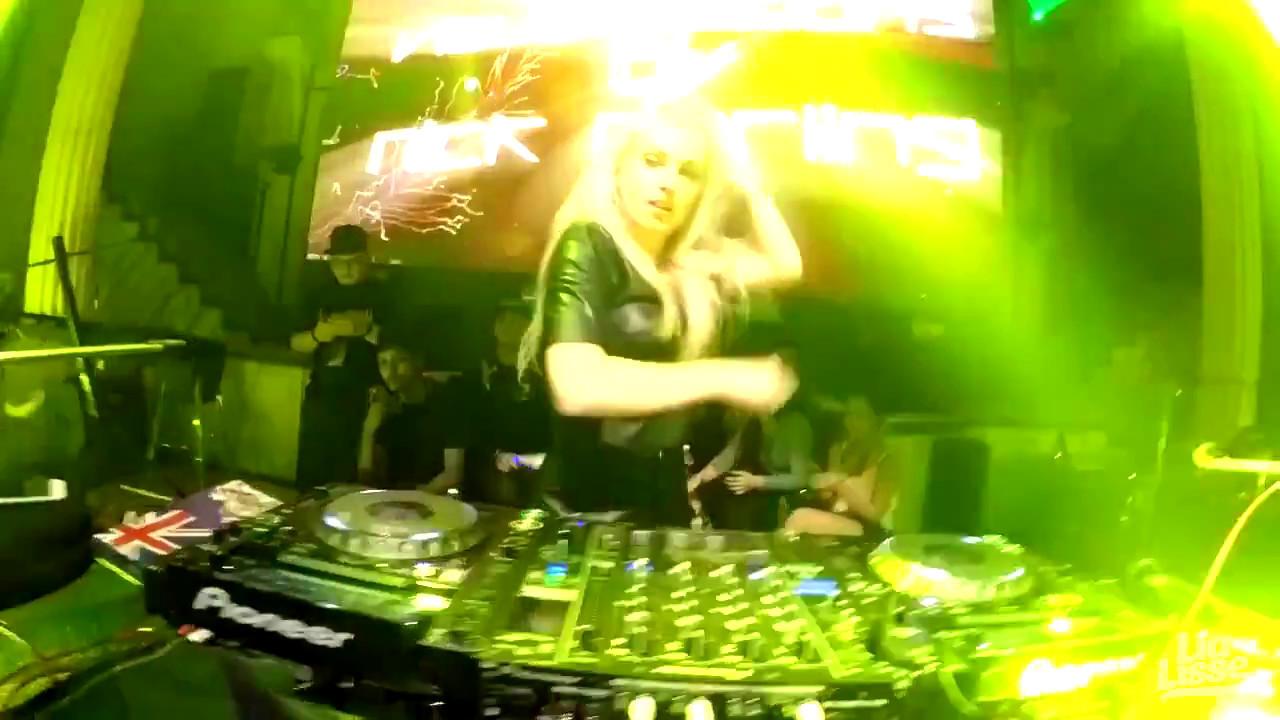 [LIVE] Lia Lisse at Triple XXX (JB, Malaysia) - downloa.dk