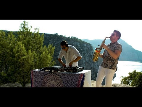 DJ and Saxophone Wedding Ibiza UK | PianoDJ - YouTube