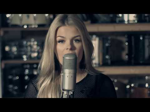 I Miss You - Clean Bandit Ft. Julia Michaels (cover by: Davina Michelle)