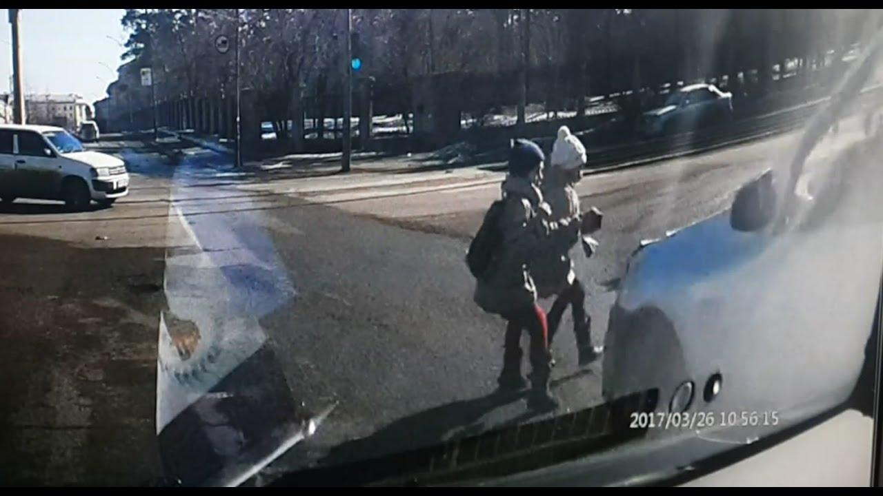 ДТП с участием двух девочек на улице Ленина в Ангарске