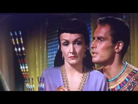 Ten Commandments 1956 Moses confronts bithiah