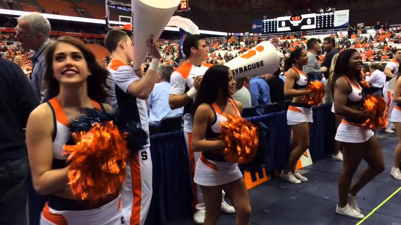 Syracuse Cheerleaders Pump Up The Crowd