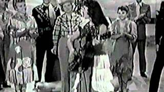 Watch Wanda Jackson Hot Dog That Made Him Mad video