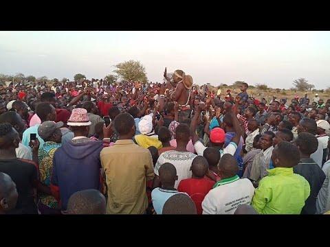 Download INAGA MLYA MBELELE VS  NGELELA SAMOJA NGOMA LIVE SHOW WAKISHINDANA LUNG'WECHA ITULI