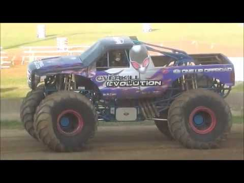Beamng Drive Monster Jam 4 Dirty Fairgrounds Racing 2wheel Freestyle Youtube