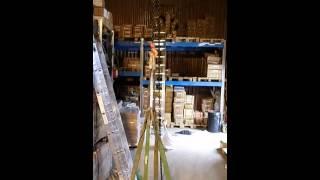 Как работает рычажная таль - видео(Мы сняли видео для того, чтобы был понятен принцип работы рычажной тали. Подробнее тут http://www.remosnastka.ru/oborudovanie/..., 2014-02-19T07:35:46.000Z)