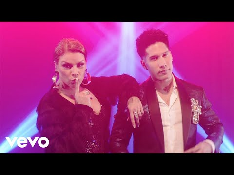 Olga Tañon & Chyno Miranda - Como En Las Vegas (Official Video)