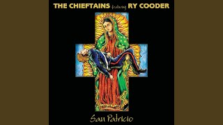 Provided to YouTube by Universal Music Group Luz de Luna · The Chieftains · Ry Cooder · Chavela Vargas San Patricio ℗ 2010 Blackrock Records LLC.