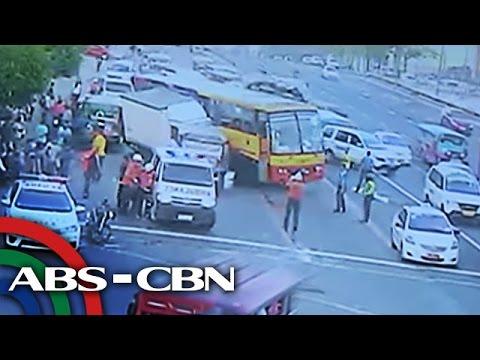 TV Patrol: 10 sugatan sa karambola ng mga sasakyan sa Quezon City