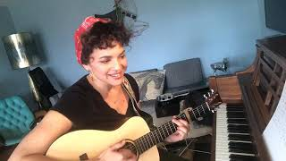Norah Jones - Mini Concert Live in the Home - (04-02-2020)