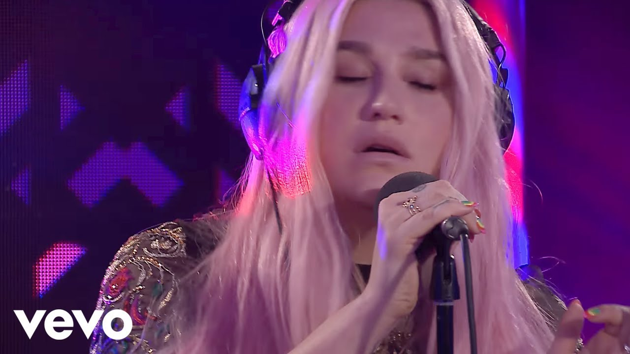 Kesha - Silence (Marshmello & Khalid cover) in the Live Lounge