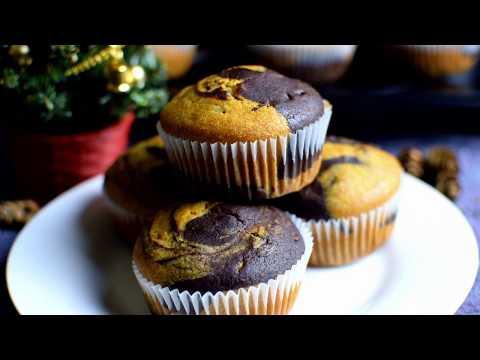 Greek Yogurt Vanilla Chocolate Marble Cupcake | Eggless Marble Cupcakes