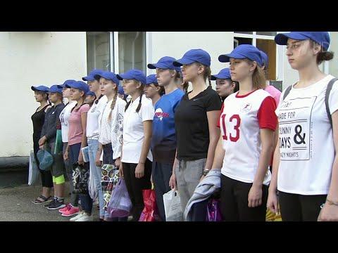 Смотреть В Краснодарском высшем военном летном училище проходит набор девушек. онлайн