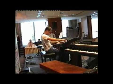 "Dennis Sbirenda plays ""Scandal"" (E-Sound Competition 2010) (EL-90, Electone)"