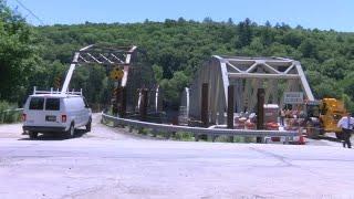 New Pond Eddy bridge