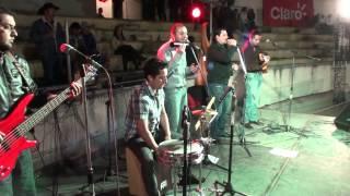 BULERIAS - COMO QUIEN PIERDE UNA ESTRELLA(ALEJANDRO FERNANDEZ) - RODEO CUENCANO 2013