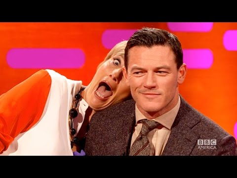 EMMA THOMPSON's Red Carpet Photo Bombing - The Graham Norton Show on BBC AMERICA