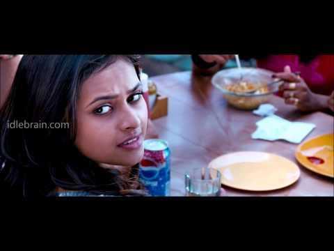 Vaaradhi mashup song - idlebrain.com