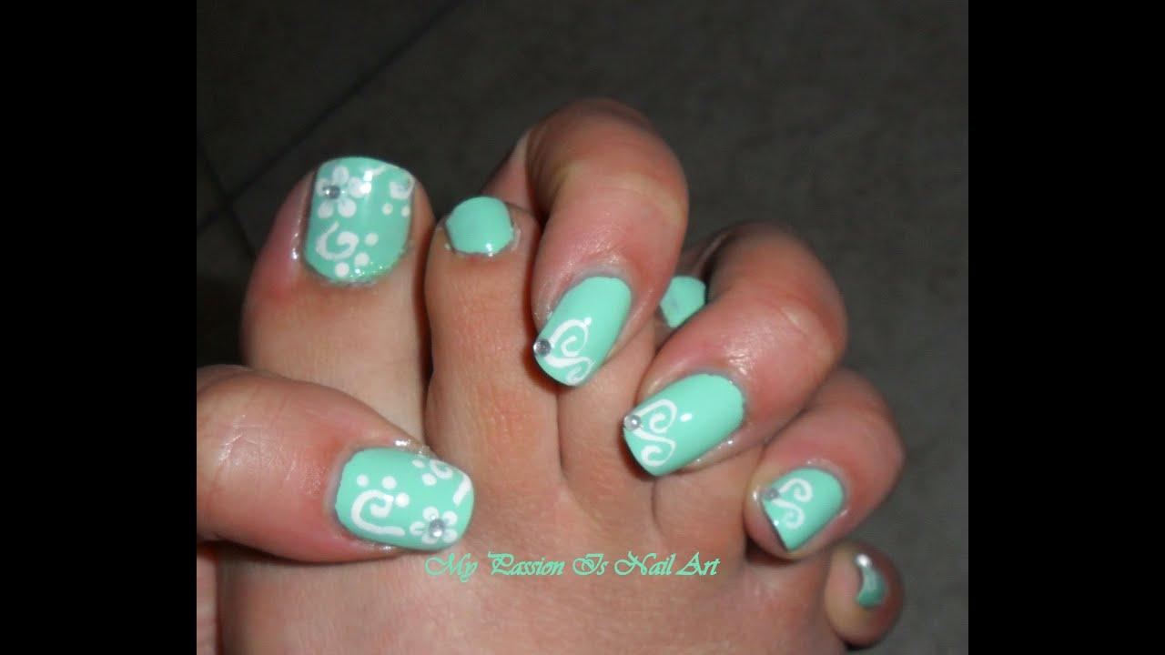 Toe Nail Art Tutorials: Tiffany & Co Nail Art Mani E Piedi- Simple Hand & Toe Nail