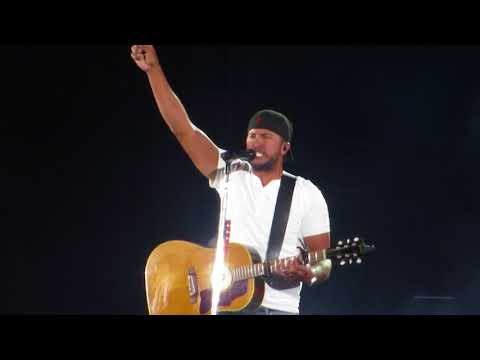 Luke Bryan singing Huntin', Fishin', and Lovin' every day in Concert at Fenway Park 7/6/18