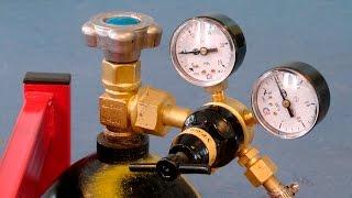 Сварка полуавтоматом. Как настроить давление защитного газа и его расход.(Определение расхода защитного газа и установка рабочего давления на редукторе при полуавтоматической..., 2017-01-19T14:08:07.000Z)