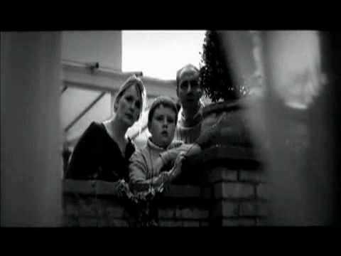 Video Kẻ nhìn trộm đêm tân hôn - Clip Kẻ nhìn trộm đêm tân hôn - Video Zing.flv
