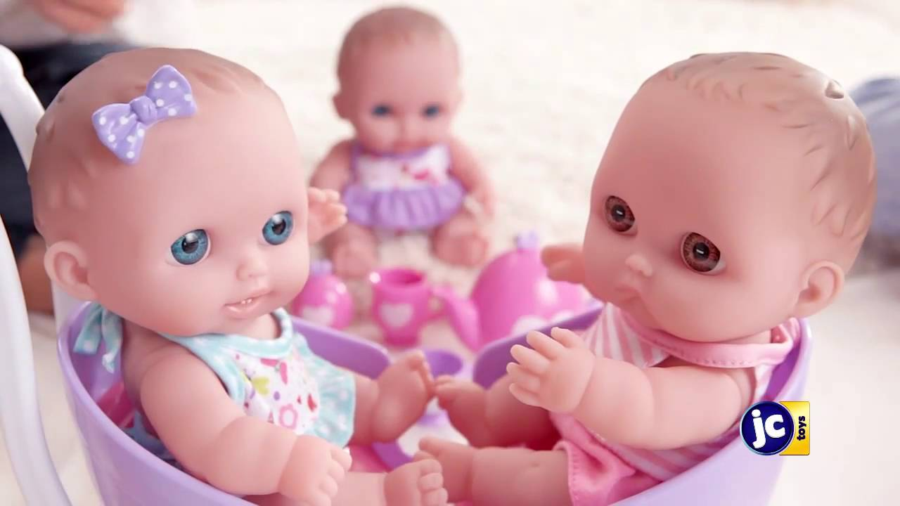 Распаковка куклы La Newborn Забавное купание - YouTube