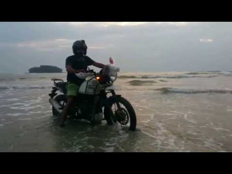 HIMALAYAN BEACH RIDE @MUZHUPILANGADI DRIVE IN BEACH CANNANORE EXPLORATION