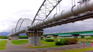 大地震、震度6弱 枚方・高槻 枚方大橋の水道管破裂がやばい thumbnail
