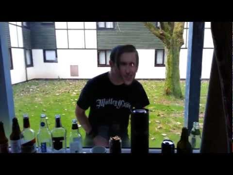 HRH VI 2012, Alan Partridge rocks out to Bonafide