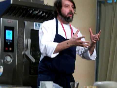 Nuno Mendes, hummus de levadura - Forum Gastronomico Santiago 2012 - www.viajesyvinos.com