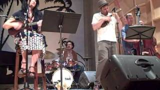 """Give Me The Moon Over Brooklyn"": NY Uke Fest 2009, Prewar Ponies"