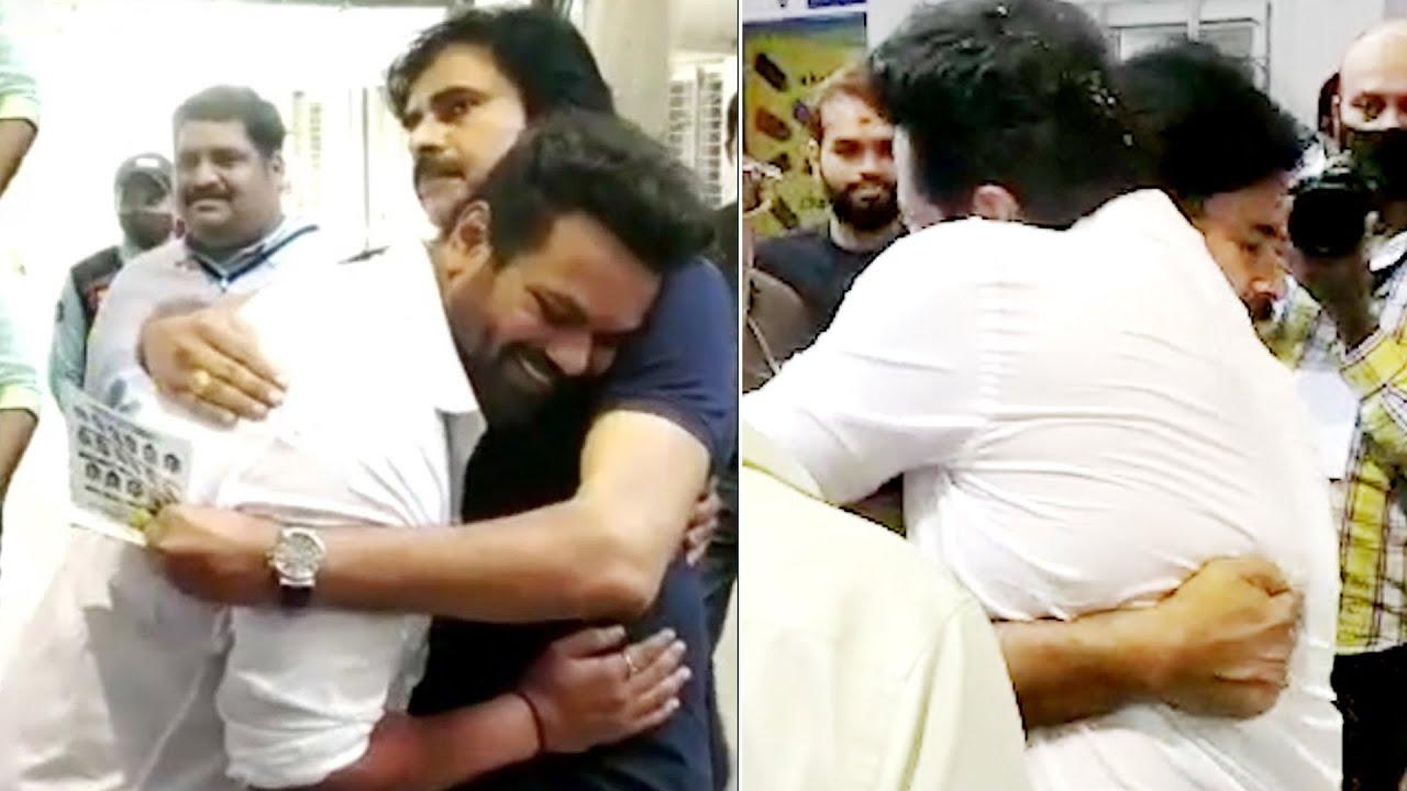 మాకు ఈ ధైర్యం చాలు: Pawan Kalyan Big Hug To Manchu Manoj At MAA Elections   Daily Culture - YouTube