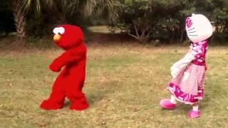 Dance Battle with Elmo & Hello kitty