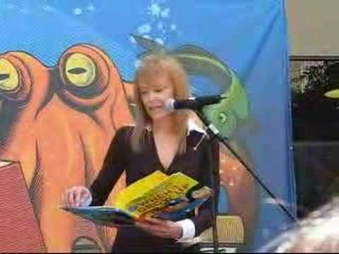 2007 Los Angeles Times Festival of Books Tina Louise 1 of 2