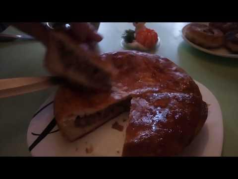 Приглашаю в гости на пирог с мясом и капустой