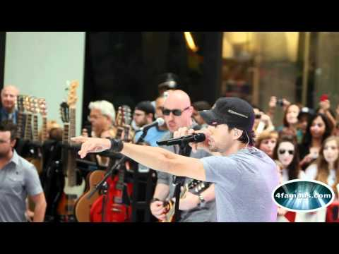 Enrique Iglesias - Tonight (I'm Loving You) live