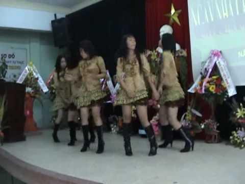 Múa lớp 10B9 - THPT Quang Trung Đà Nẵng
