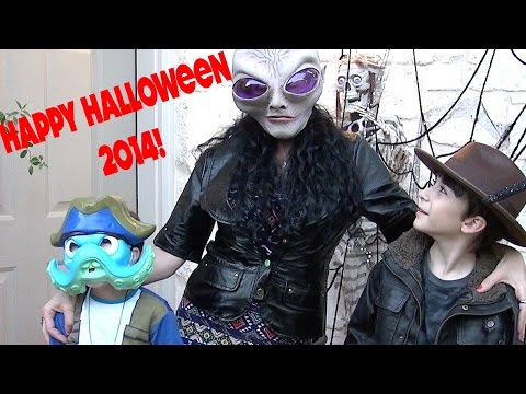 Halloween Trick Or Treating 2014