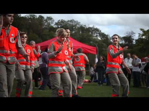 Flashmob Croix-Rouge française délégations de Châtenay-Malabry, Sceaux, Bourg-la Reinede YouTube · Durée:  4 minutes 21 secondes