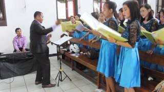 Video Dircresendo Choir-Beautiful in white download MP3, 3GP, MP4, WEBM, AVI, FLV April 2018