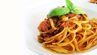 How To Make Tuna Pasta Sauce: Italian Pasta Sauce Recipe (pasta Al Tonno)