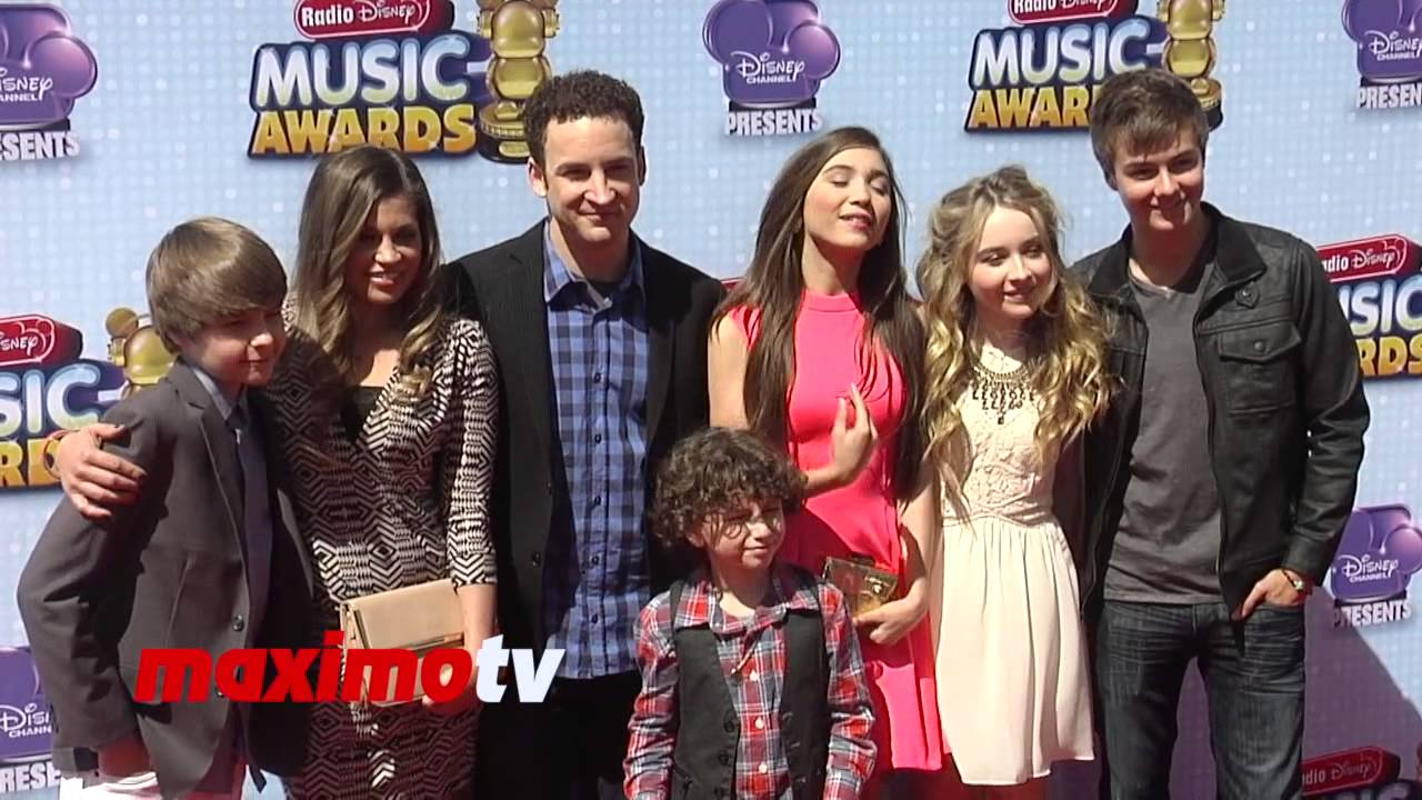 girl meets the new world cast But nostalgia alone was not enough to save disney channel's girl meets world new on netflix: a new 'king kong,' 'girl meets world' season 2.