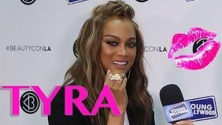 Tyra Banks Gives Smizing Tips at Beautycon Festival LA