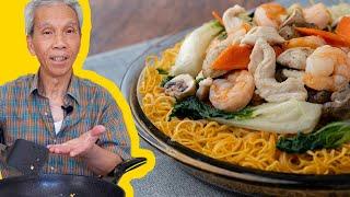 Dad's CRISPY Hong Kong Style Noodles (港式煎麵)!
