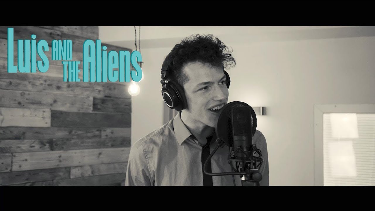 SAY HEY performed by Paul Köninger (Luis & The Aliens)
