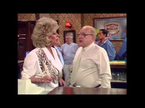 Des And Stephanie Come To The Rovers - Coronation Street